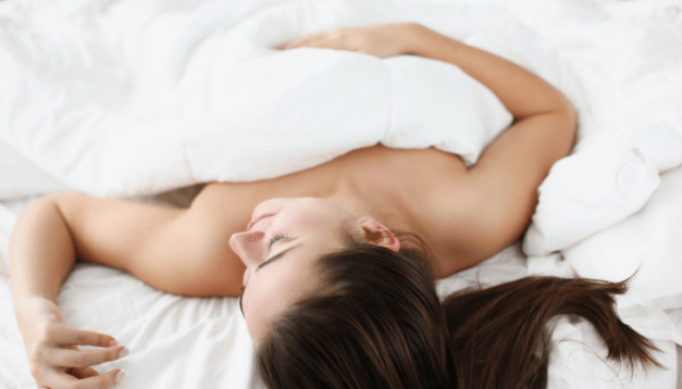 Does sleep naked bring benefits to your health?